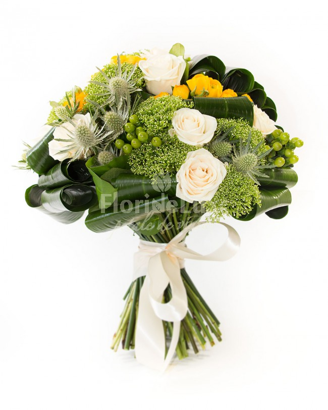 cele mai frumoase buchete de flori trandafiri albi