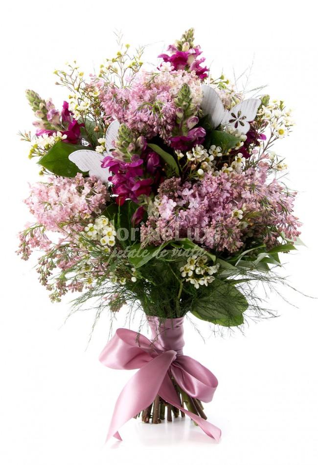 buchet de liliac, cele mai frumoase flori de primavara