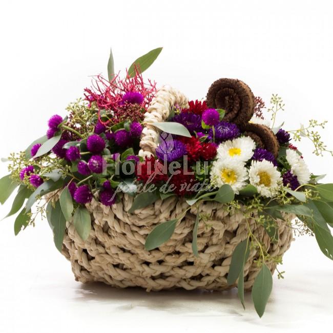 Flori Sfanta Maria - 8 septembrie, cos cu flori