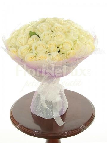 Buchete de trandafiri albi locul 2