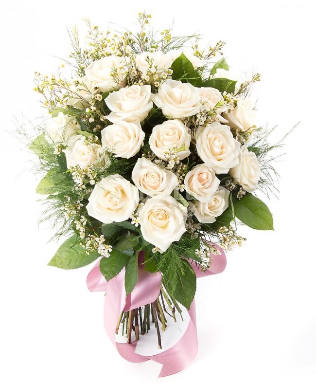 Buchete de trandafiri albi locul-4