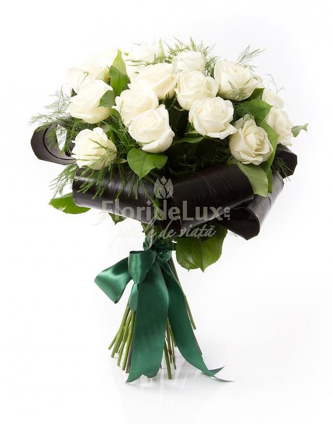 Buchete de trandafiri albi locul-7
