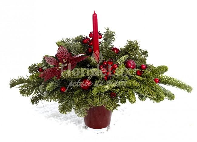 Aranjament Craciun  Aranjament de masa festiv https://www.floridelux.ro/aranjament-de-masa-festiv.html