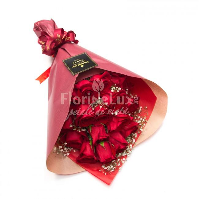 buchet 19 trandafiri rosii de lux, cele mai frumoase flori ziua indragostitilor