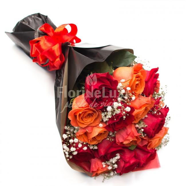 buchet trandafiri portocalii si rosii