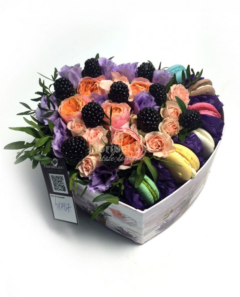 Cutie cu flori, aranjament floral pentru a spune Multumesc!