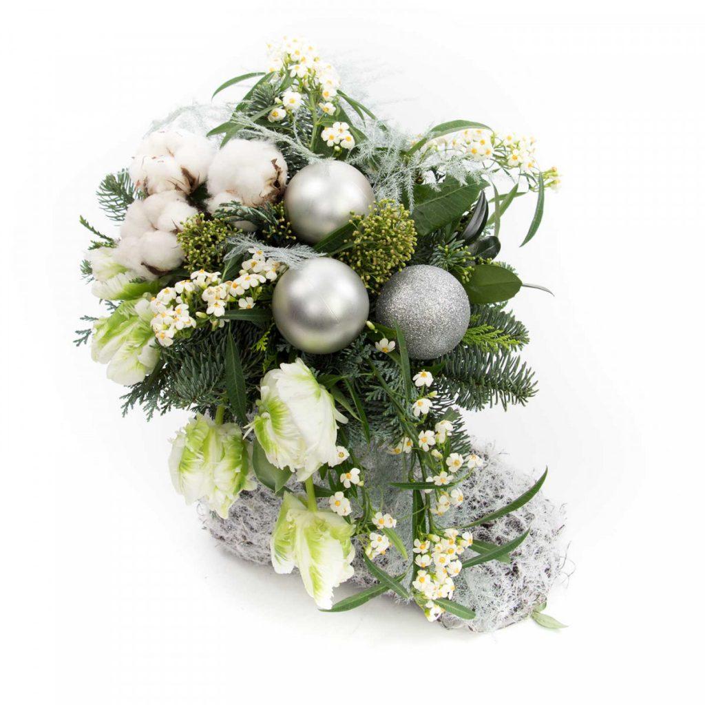 Cizma cu flori de iarna, doar 239.00 RON!