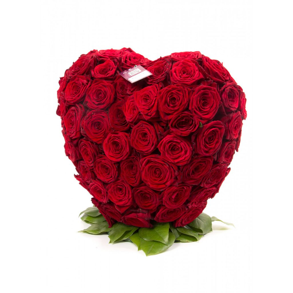 Flori de Revelion, Aranjament inimă din trandafiri, doar 1259 RON!