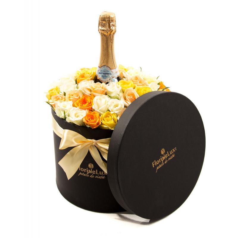 Cutie florală surpriză absolută, doar 429,99 RON!
