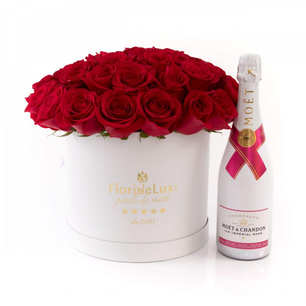 Șampanie și trandafiri, doar 689,99 RON!