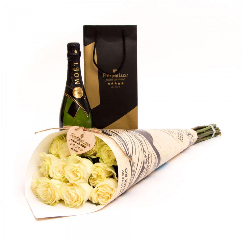 Cel mai bun ghid de cadouri pentru V-Day pentru bărbați, Trandafiri albi cu șampanie, doar 564,99 RON!