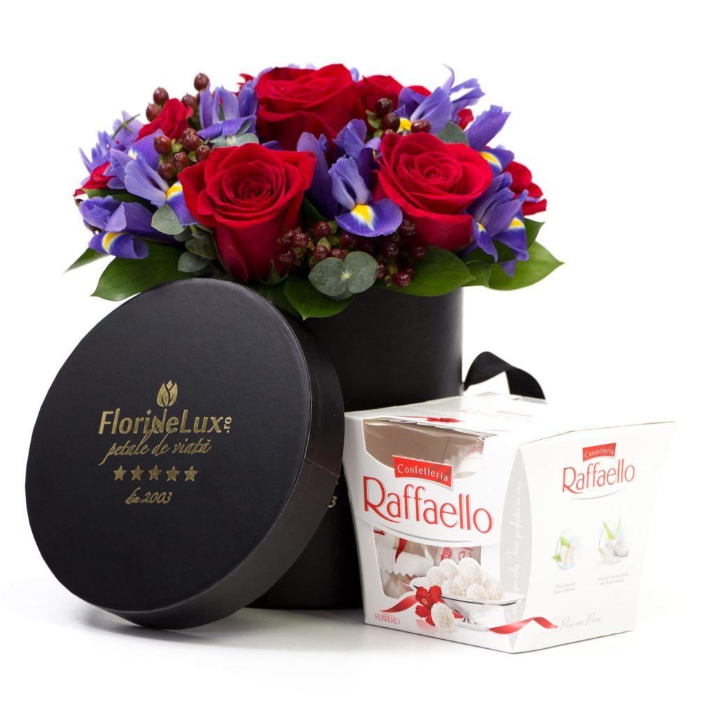 Cutie trandafiri, iriși și bomboane Raffaello, doar 319,99 RON!