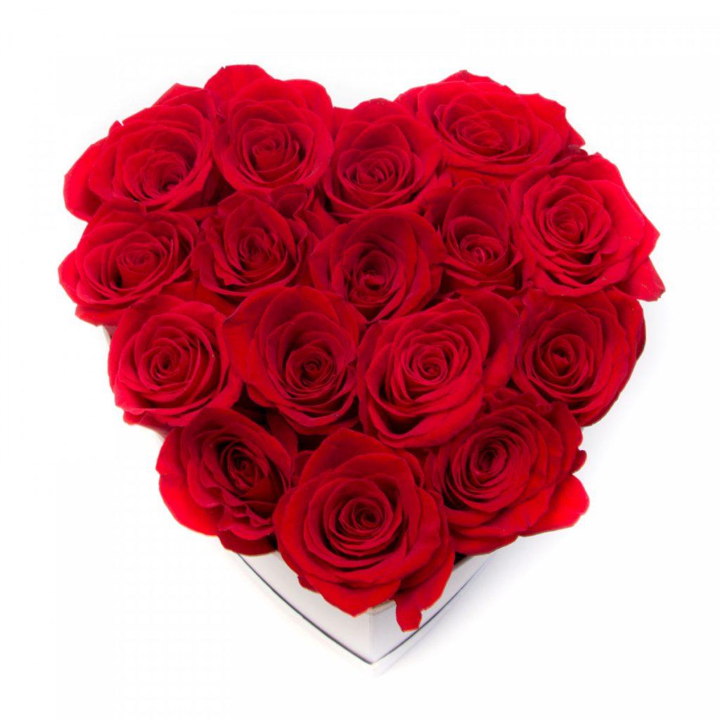 Ce ii place femeii Berbec, Cutie inima alba cu trandafiri rosii, doar 299,99 RON!