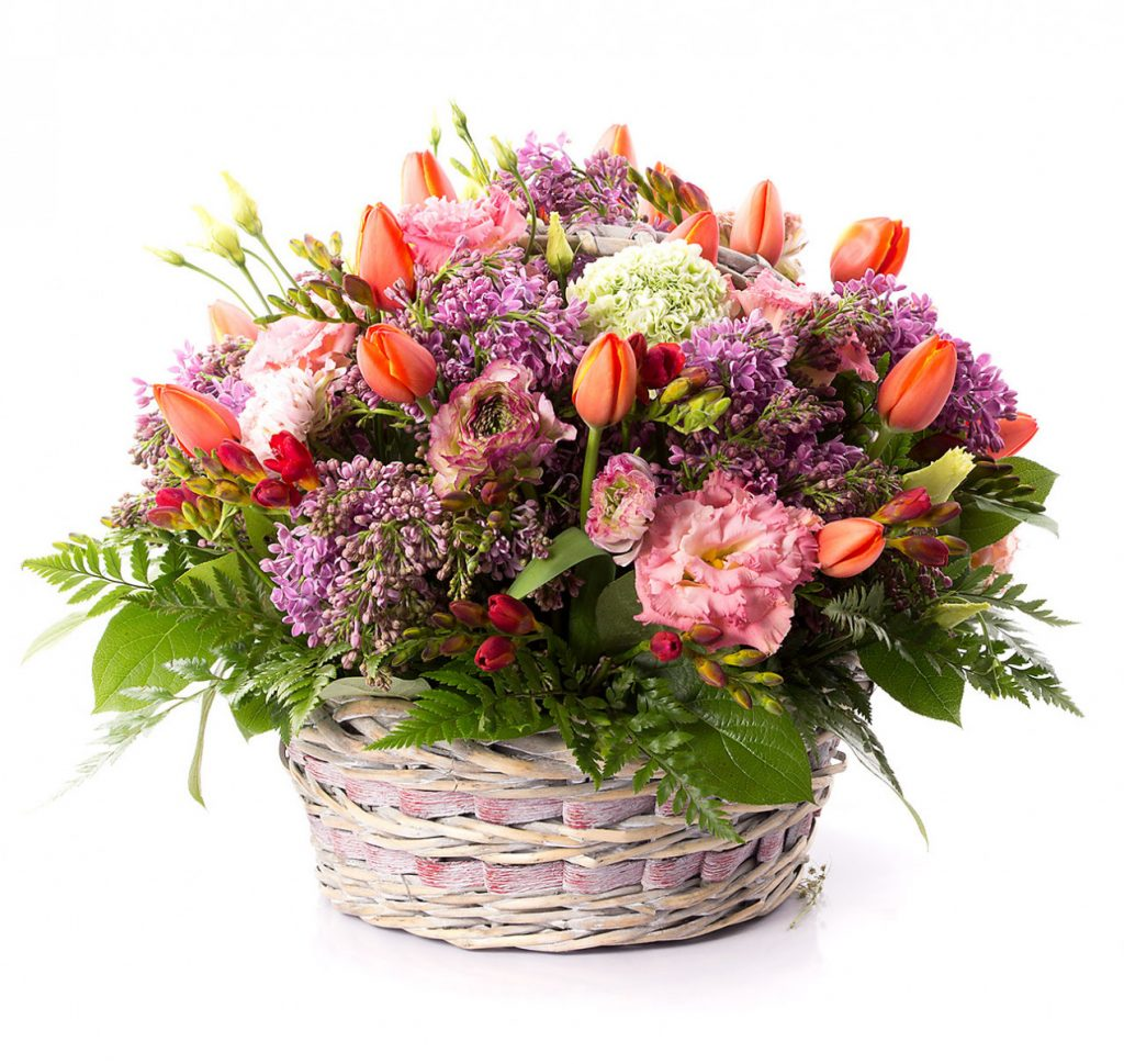 Mix floral de primavara, doar 549,99 RON
