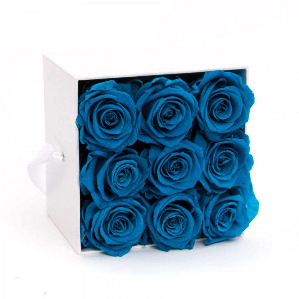 Cutie de lux Blue Heart, doar 559,99 RON!