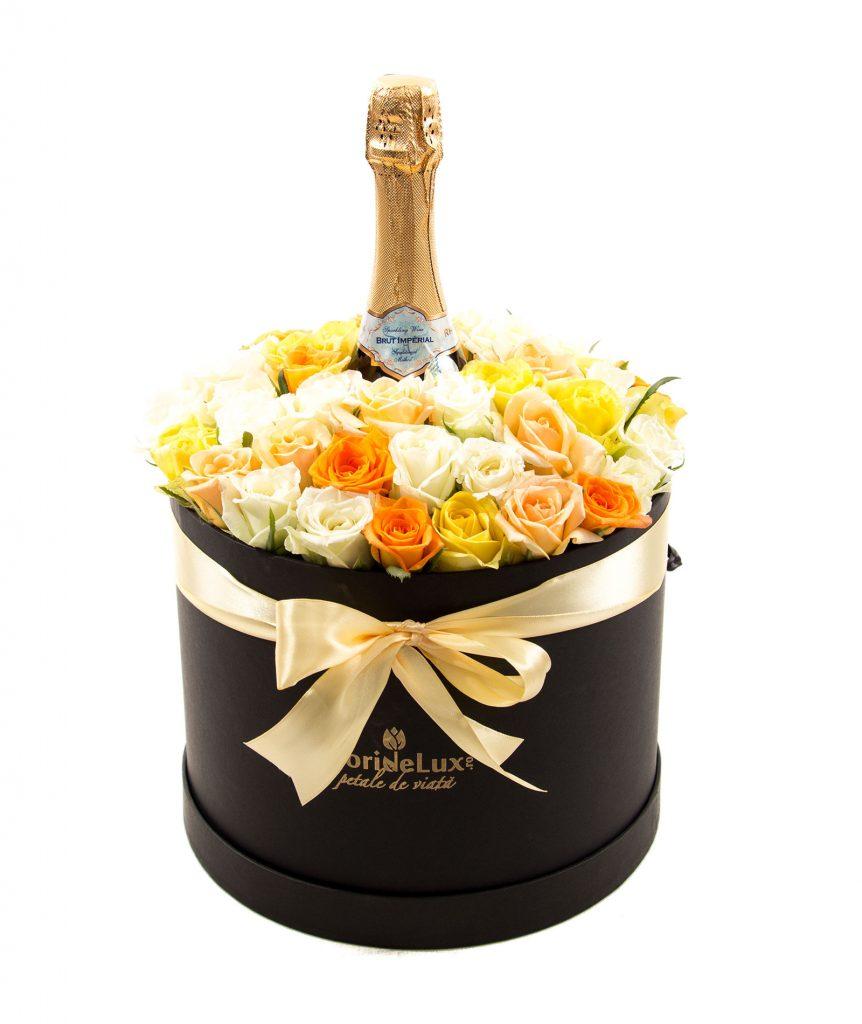 Cutie florala surpriza absoluta, doar 404,99 RON