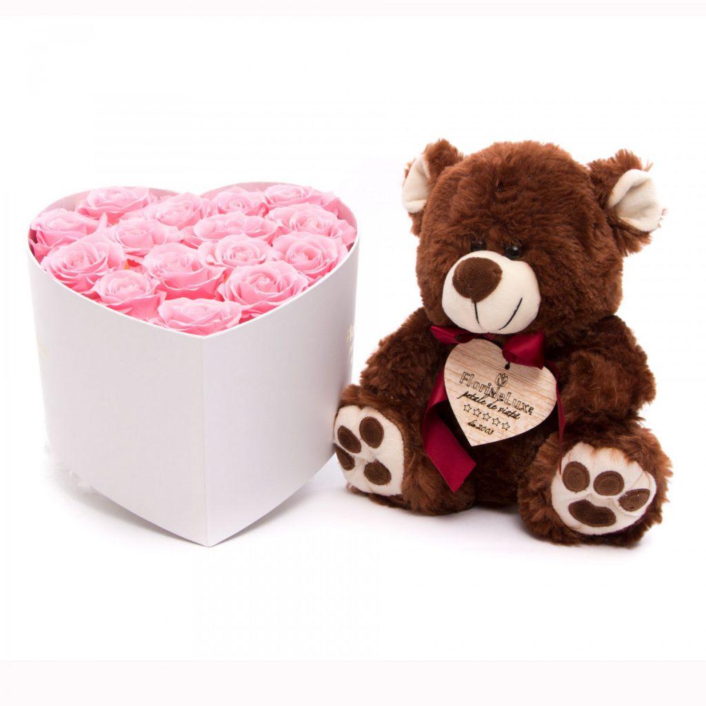 Trandafiri criogenati Luxury Pearls si ursulet, doar 572,39 RON
